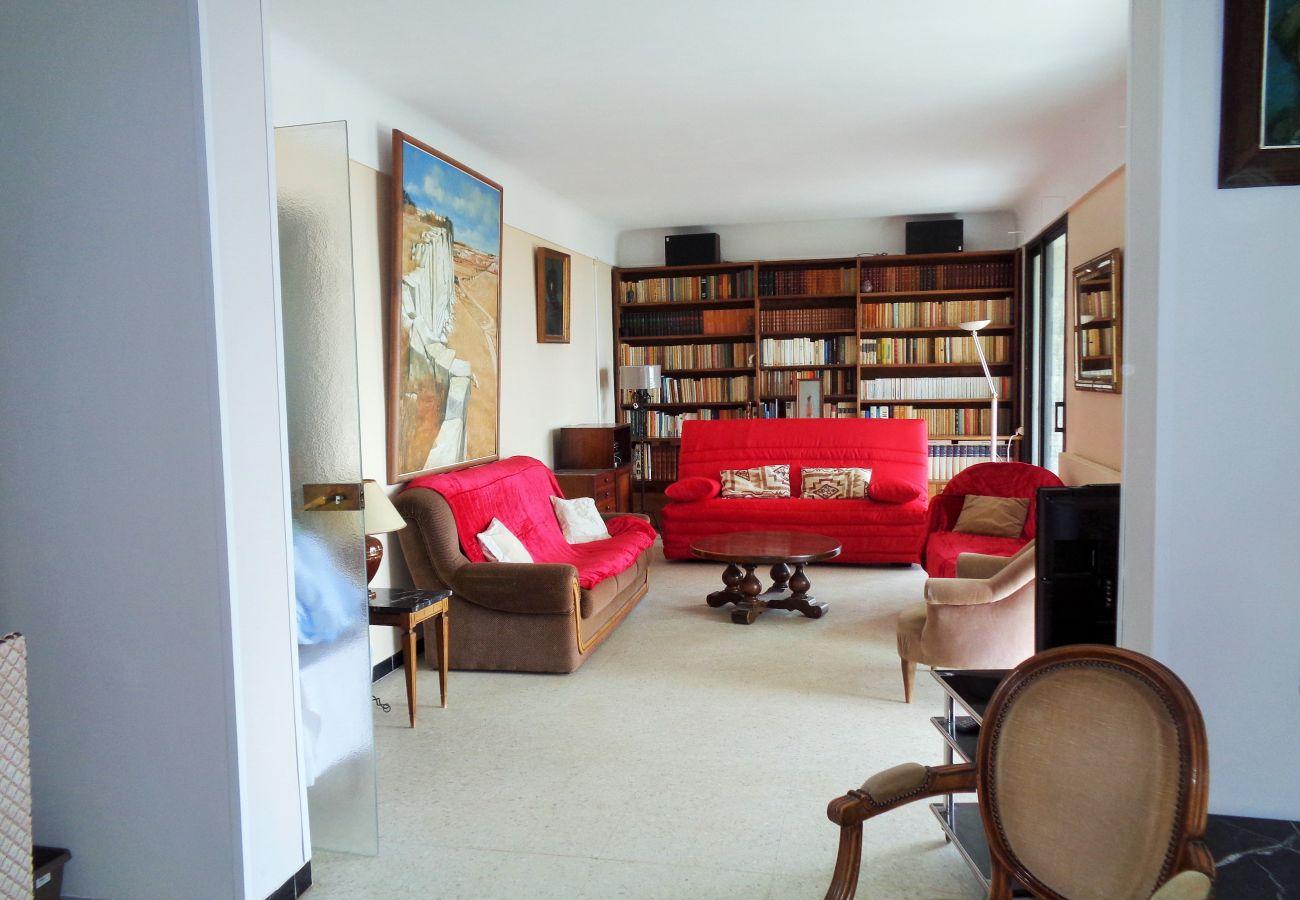 Villa in Sète - 136