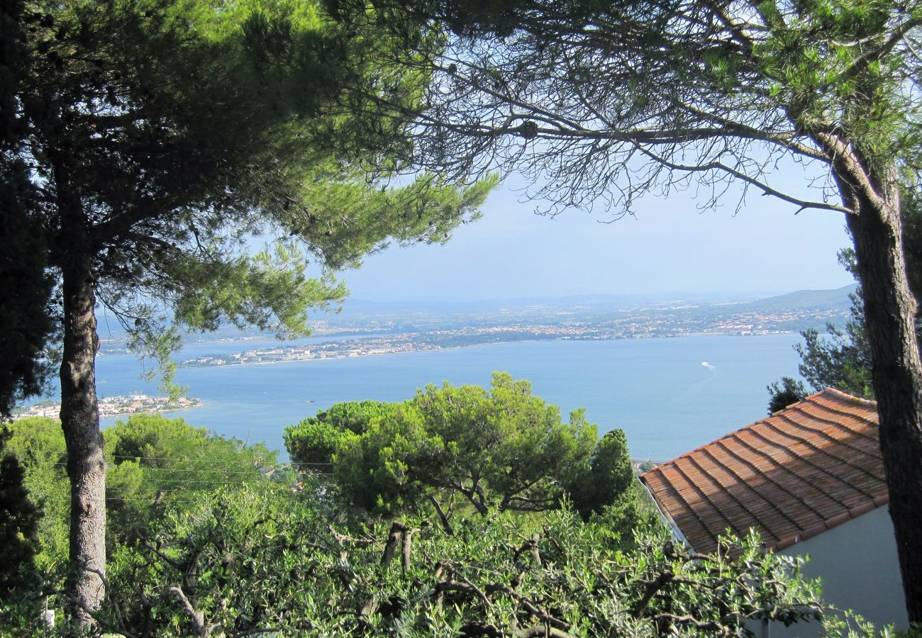 Villa in Sète - 228