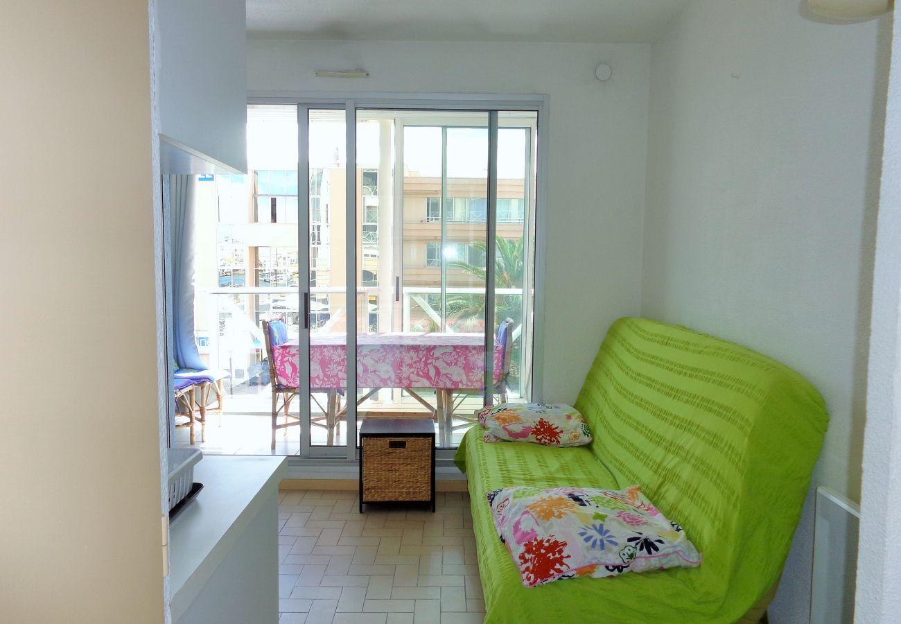 Apartment in Sète - 271