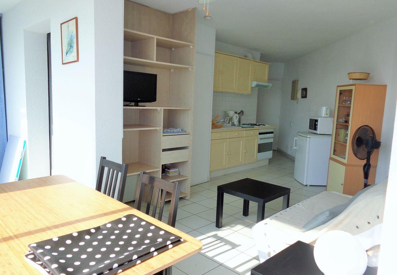 Apartment in Sète - 14