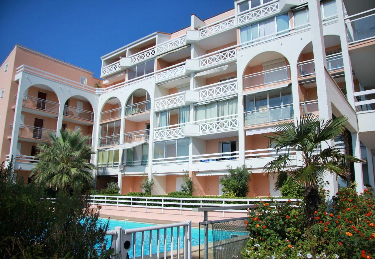 Apartment in Sète - 164