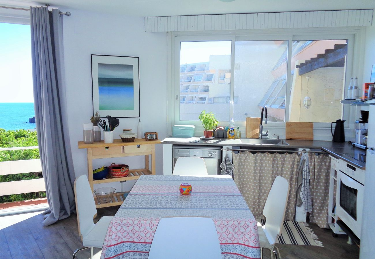 Apartment in Sète - 166