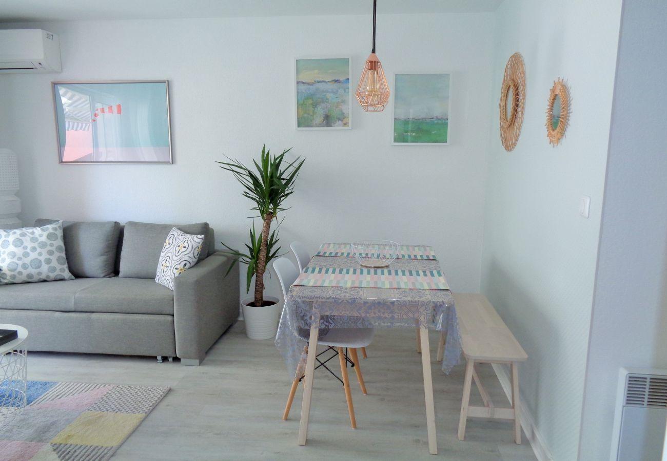Apartment in Sète - 207