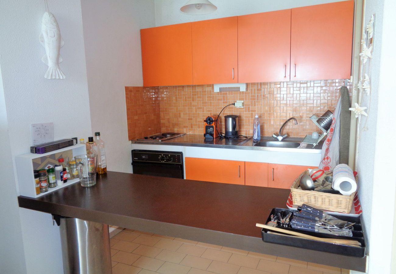 Apartment in Sète - 296