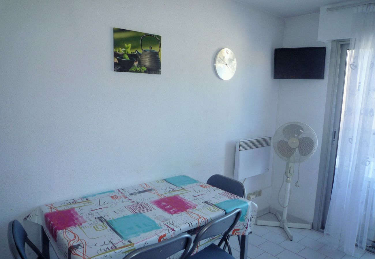 Apartment in Sète - 238