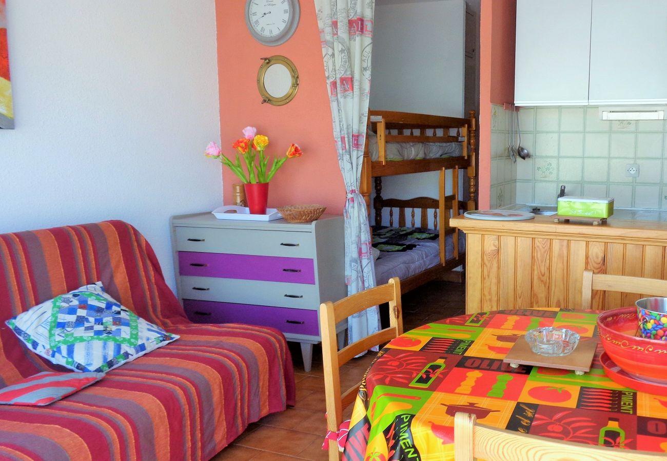 Apartment in Sète - 24