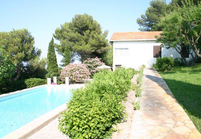 Villa/Dettached house in Sète - 228