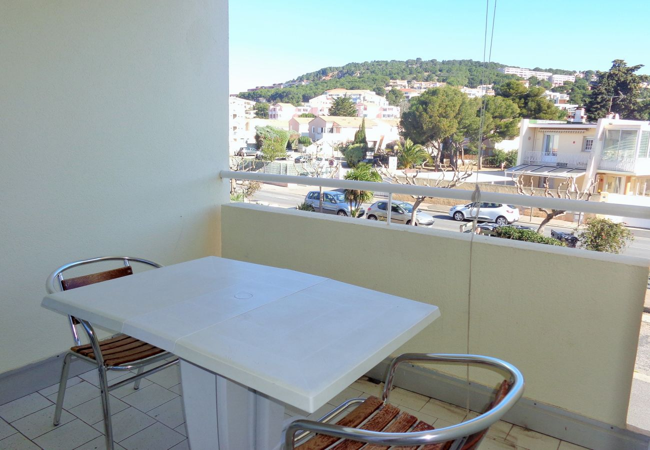 Apartamento en Sète - 002
