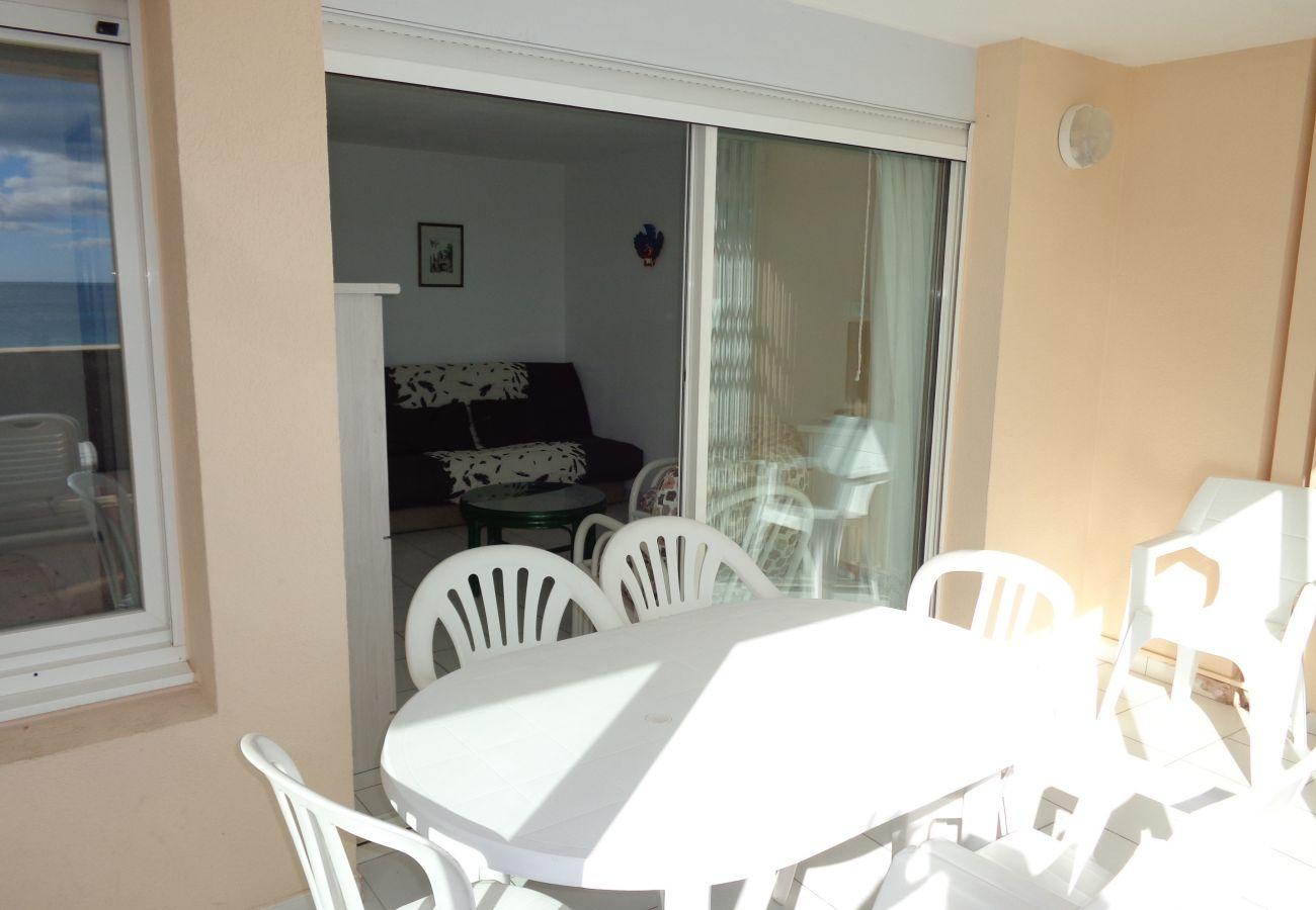 Apartamento en Sète - 43